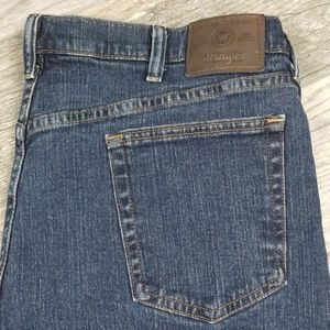 Wrangler 38 relaxed fit denim shorts